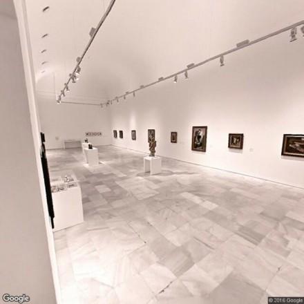 Baños de la cafetería del Centro de Arte Reina