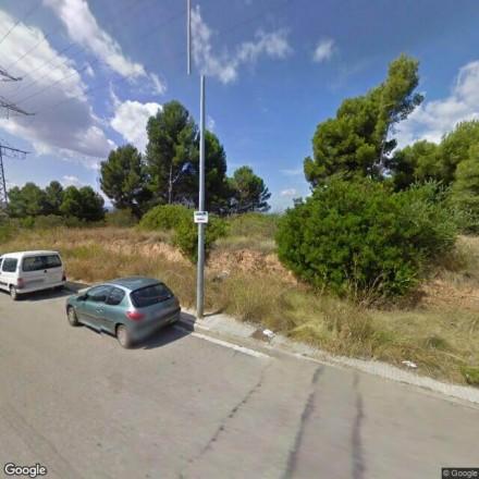 Bosquecito junto a la Calle Atenas en Rubí