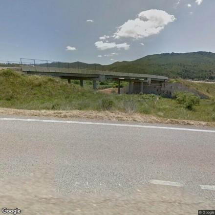 Debajo el puente de la C-240z